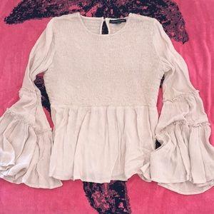 American Eagle bell sleeve blouse !